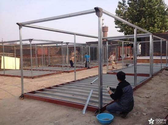待喷油漆的住人集装箱钢骨框架图