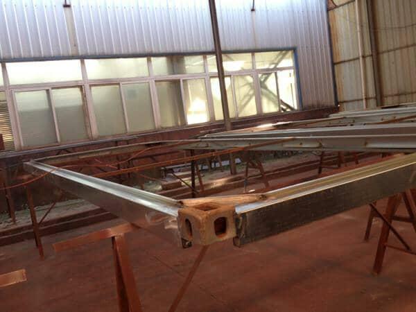 打包箱房顶部框架焊接效果设计图