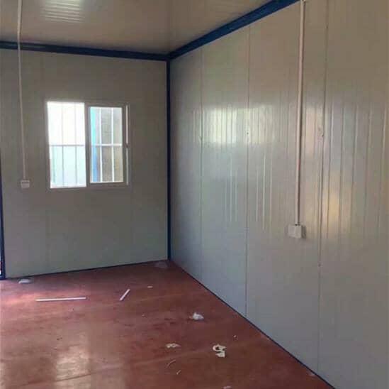 住人集装箱房室内墙面与地板效果