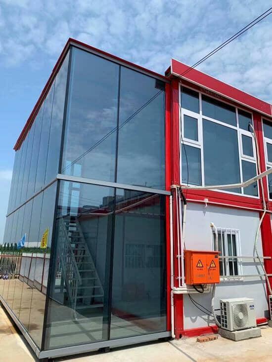 幕墙玻璃全部为钢化中空玻璃图