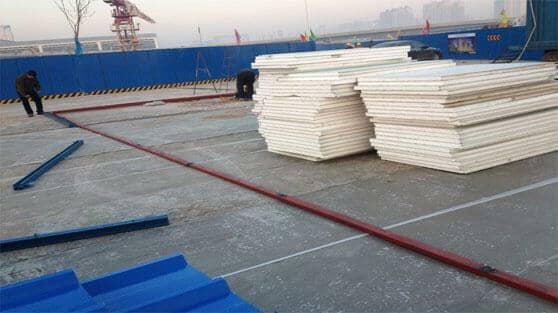 雅致活动板房铺设C型钢地梁