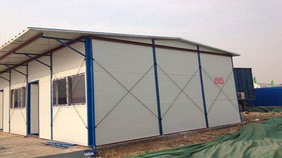 完工后的活动板房雨篷挑檐图