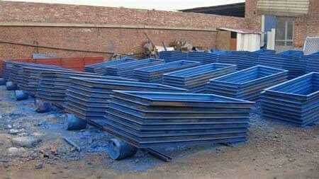 彩钢板蓝色门框图