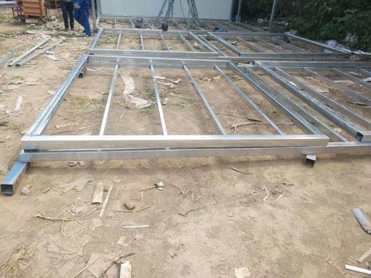 3m乘3m箱式活动房底部框架图