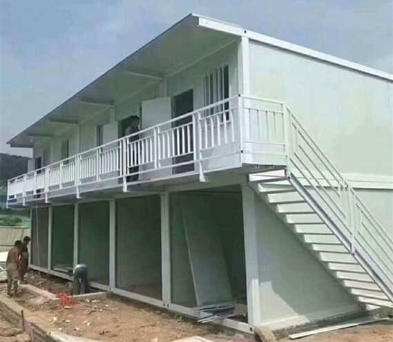 出租式两层住人集装箱房图