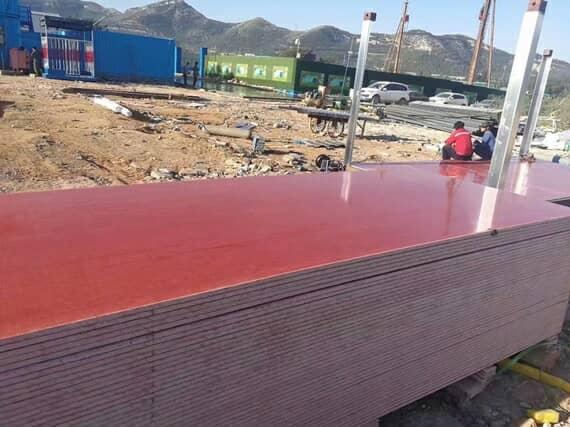 枣红色集装箱活动房地板