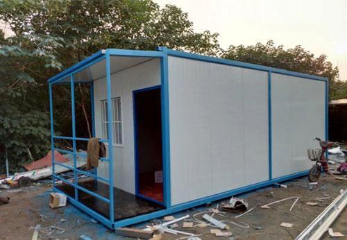 带屋檐式住人集装箱活动房图