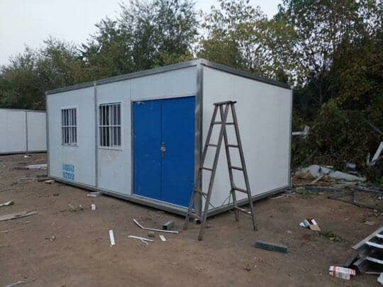6米面开门的集装箱活动房图