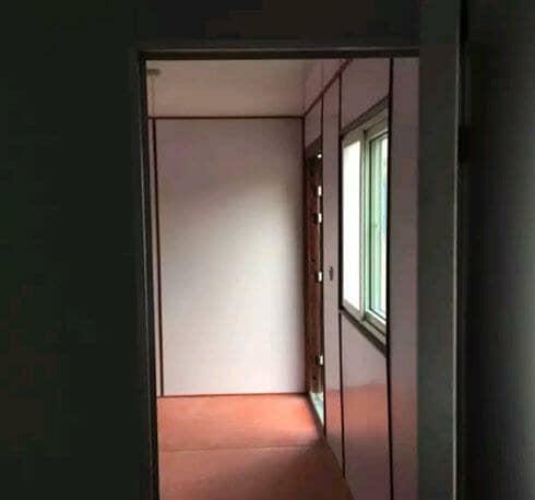 瓦楞钢板集装箱活动房室内隔断
