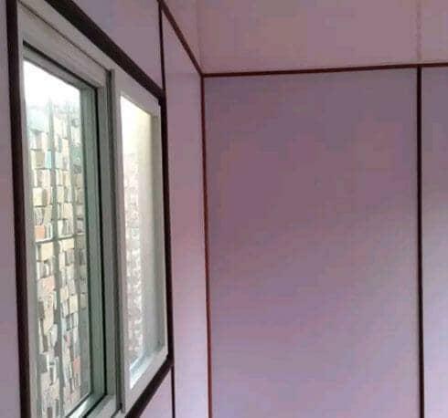 瓦楞钢板集装箱活动房墙面窗户图