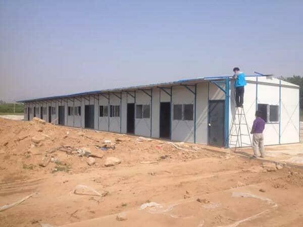 彩钢活动房屋面盖顶施工方案
