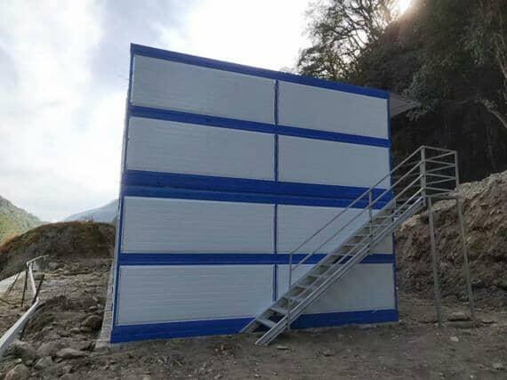 集装箱是山间的小屋