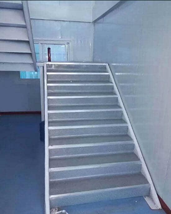 室内楼梯效果