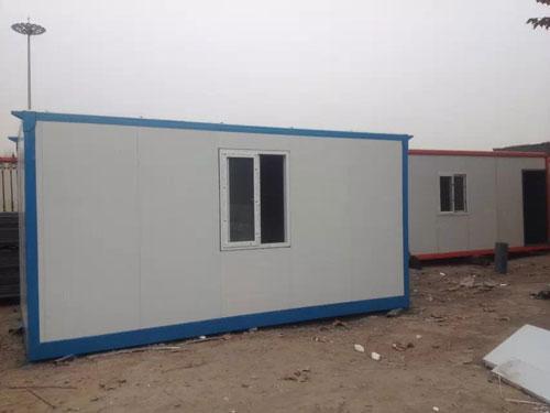 彩钢板集装箱活动房图