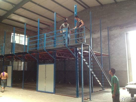 二层直通式活动板房楼梯图片大全