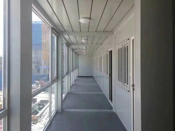 打包箱房封闭式走廊室内效果图