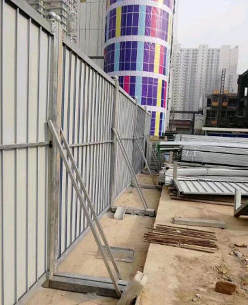 市政彩钢板组合围墙图