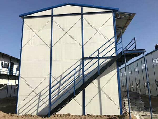 活动房楼梯的设计