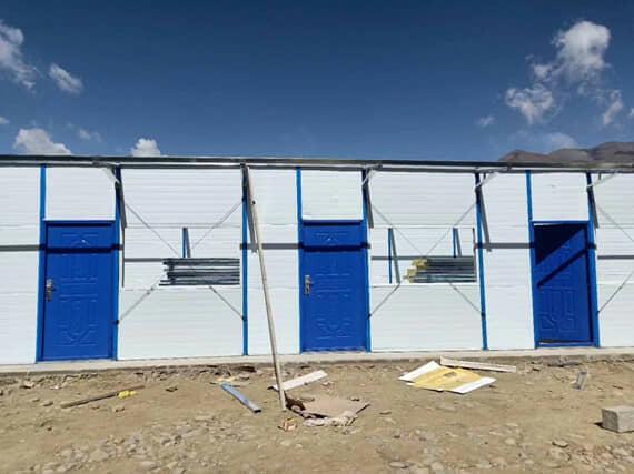活动房框架涂料为蓝色防锈水漆