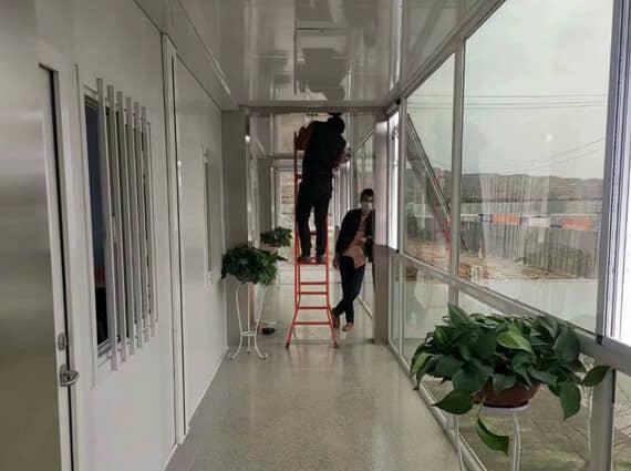 打包式集装箱活动房走廊效果