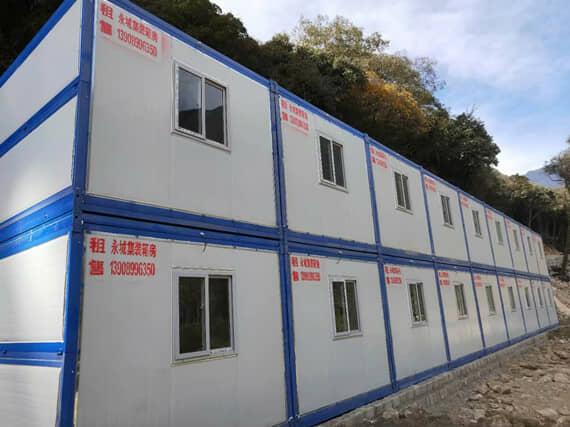 二层折叠集装箱活动房背面效果图