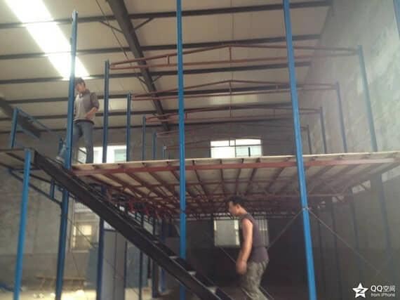 地板为多层14mm厚建筑模板