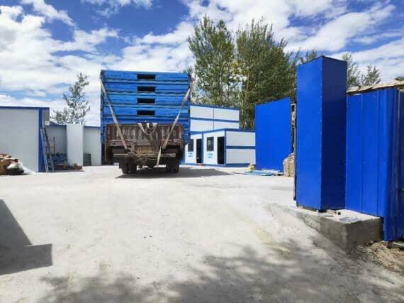折叠集装箱活动房装车运输图